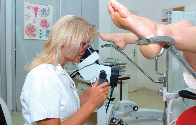 Лечение эрозии шейки матки без операции