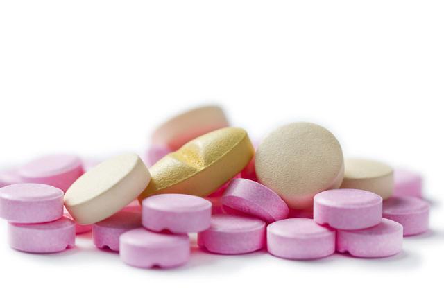 Полиоксидоний свечи при эрозии шейки матки, а также таблетки, свечи, растворы, мази и другие препараты для устранения патологии